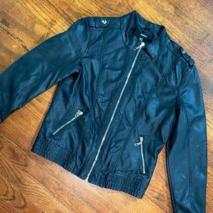 Juniors medium faux leather jacket